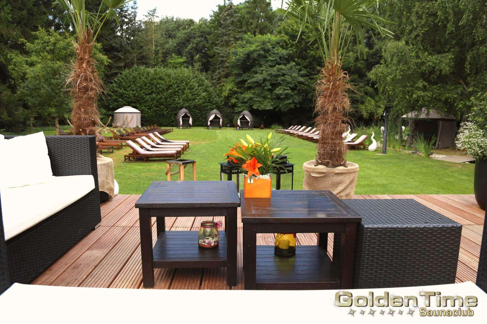 01-terrasse-wellnessbereich-pic-03-goldentime.jpg