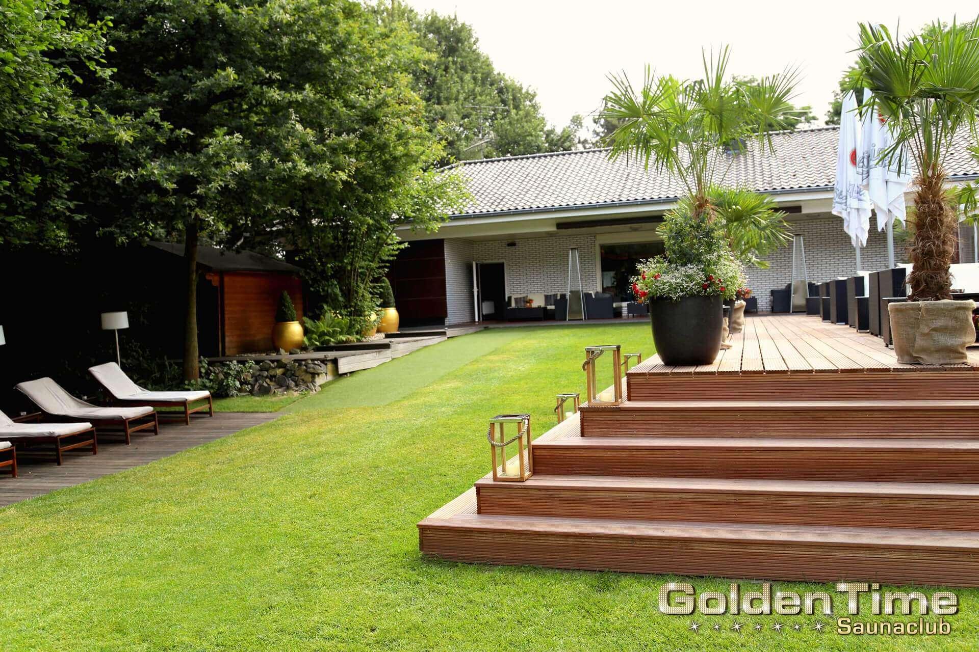 01-terrasse-wellnessbereich-pic-04-goldentime.jpg