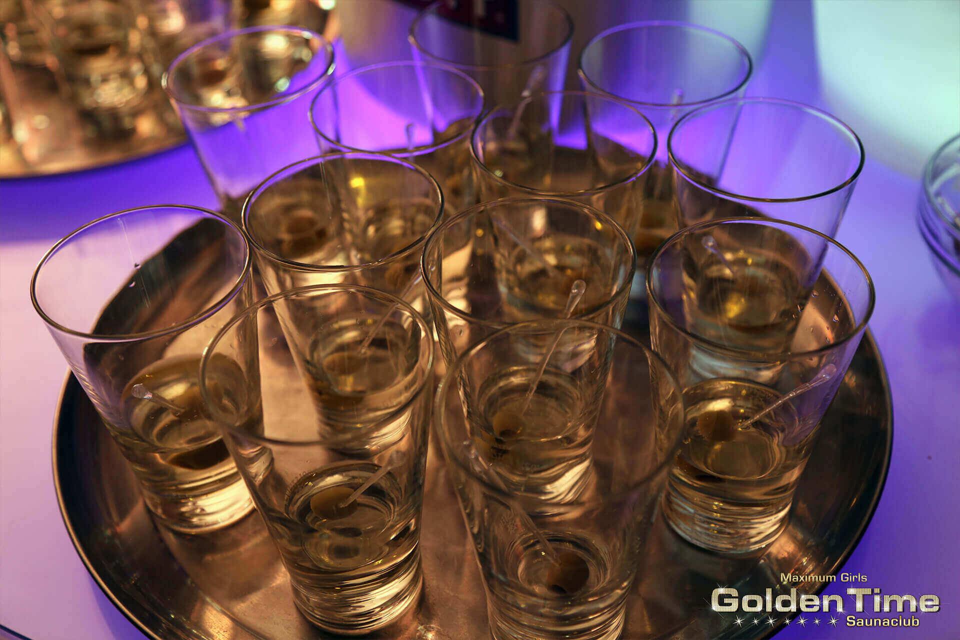 01-vatertag-pic-013-goldentime-saunaclub.jpg