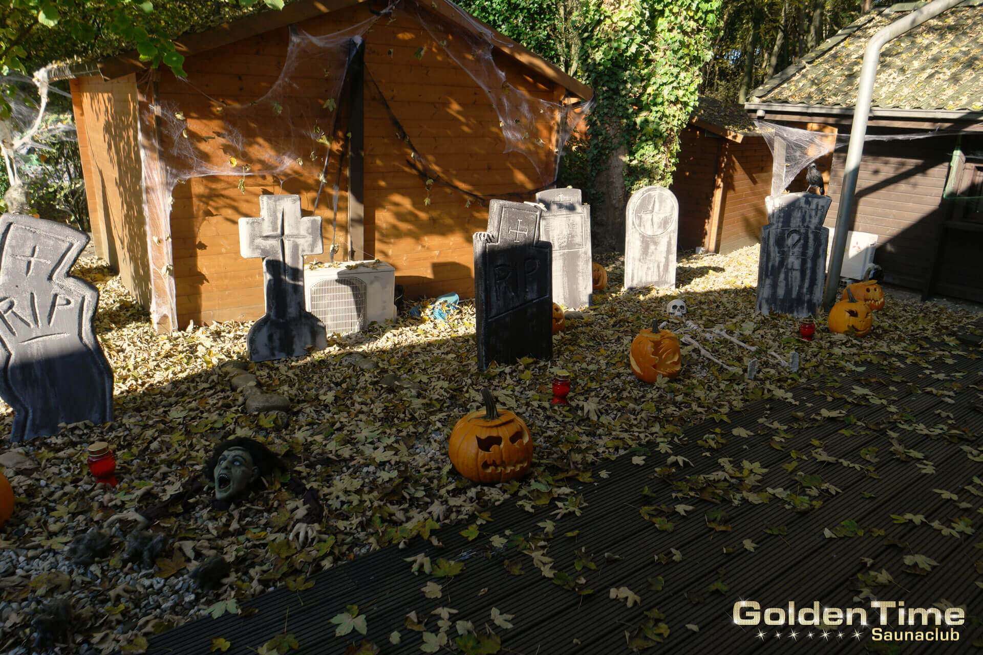 03-halloween-2016-goldentime-saunaclub-05.jpg